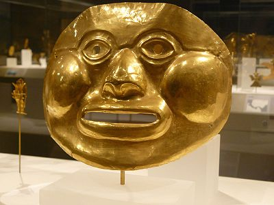 Funerary Mask Colombia Ilama (Calima) 5th-1st century BCE Hammered gold.jpg