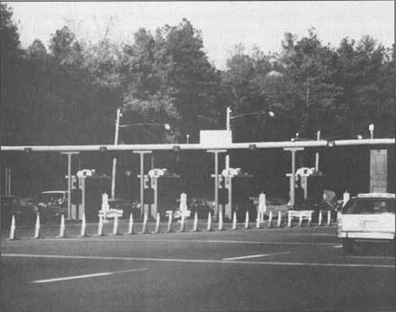 Historical picture of a Garden State Parkway toll booth