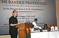 Ghulam Nabi Azad addressing at the launch of 'The Banerji Protocols' a new method of treatment with homeopathic medicines, in Kolkata. The Renowned film maker, Smt. Aparna Sen and Eminent Doctor.jpg