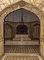Grave of Emperor Jahangir.jpg