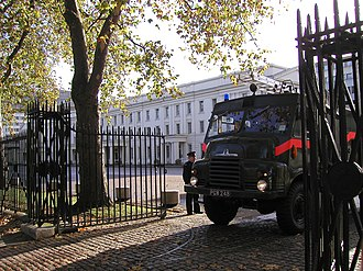 UK firefighter dispute 2002–03 - Image: Green Goddess PGW248 about to emerge from Wellington Barracks