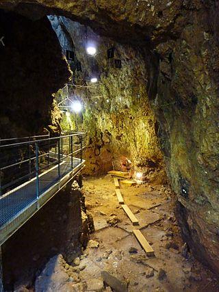 Ausgrabungsarbeiten in der Grotte du Lazaret