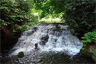 Grove Park (Sutton) - Grove Park Cascade