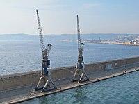 Grues Marseille-Joliette-a.jpg
