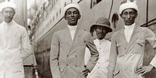 Hadhrami immigrants at Surabaya 1920s.jpg