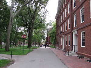 English: Harvard Yard, Harvard University, Cam...