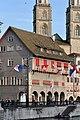 Haus zum Rüden - Grossmünster - Gmüesbrugg 2011-04-07 18-57-10 ShiftN.jpg