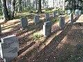 Hautausmaa, haudat.JPG