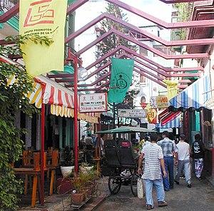 Chinese Cubans - Cuchillo street, the heart of Havana's Chinatown