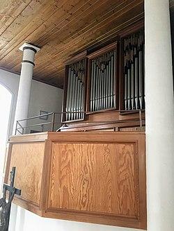 Heldenfingen, Heilig-Kreuz-Kirche, Orgel (1).jpg