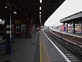 Herne Hill stn northbound platform 2 look north2.JPG