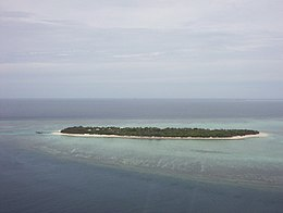 Heron Island, Australia - View of Island from helicopter.JPG