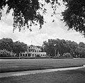 Het Gouvernementspaleis aan het Gouvernementsplein in Paramaribo, Bestanddeelnr 252-6086.jpg
