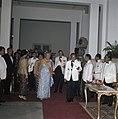 Het koninklijk paar met president en mevrouw Soeharto voorafgaand aan het staats, Bestanddeelnr 254-9016.jpg