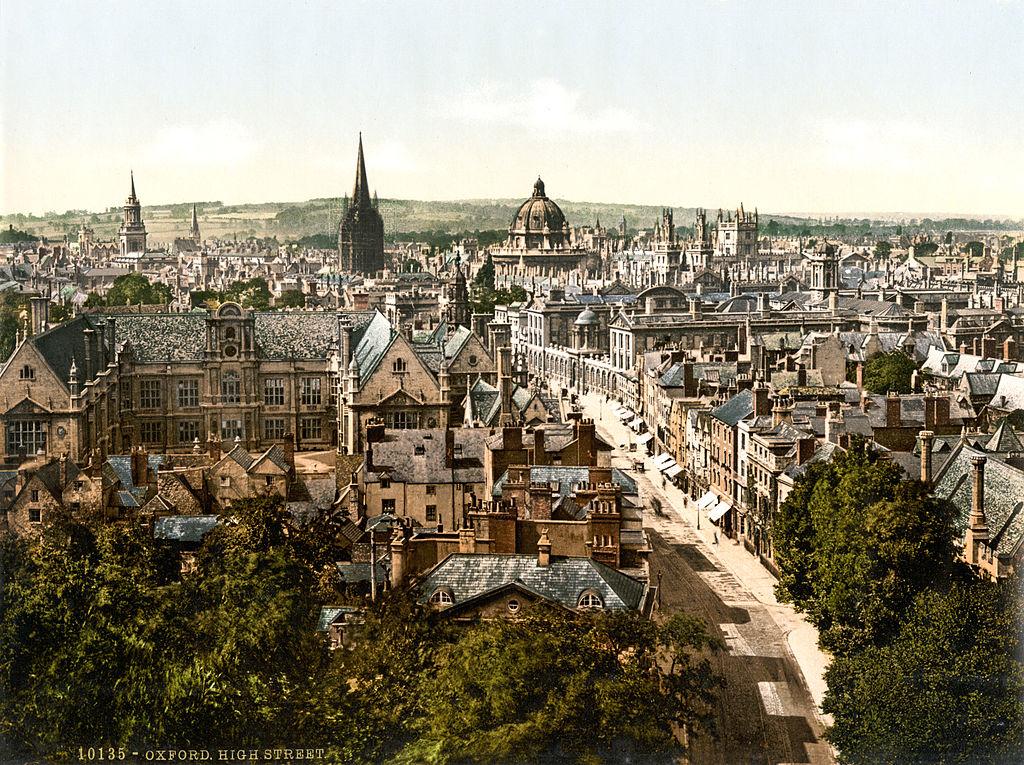 High Street à Oxford en 1900.
