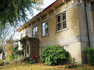 Hillsboro Public Library - Old Carnegie building