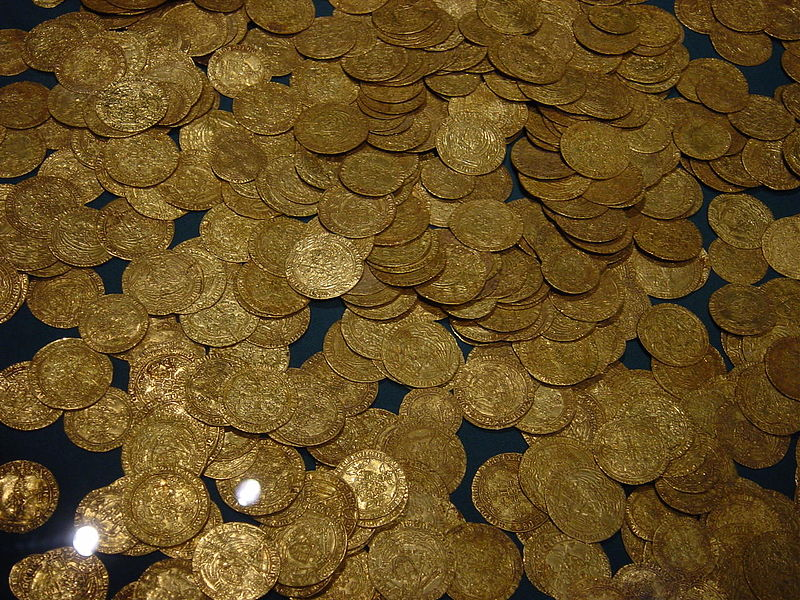 File:Hoard of ancient gold coins.jpg