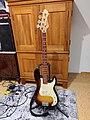 Hohner bass guitar LX90B.jpg