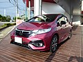 Honda FIT HYBRID・S Honda SENSING (DAA-GP5) front.jpg
