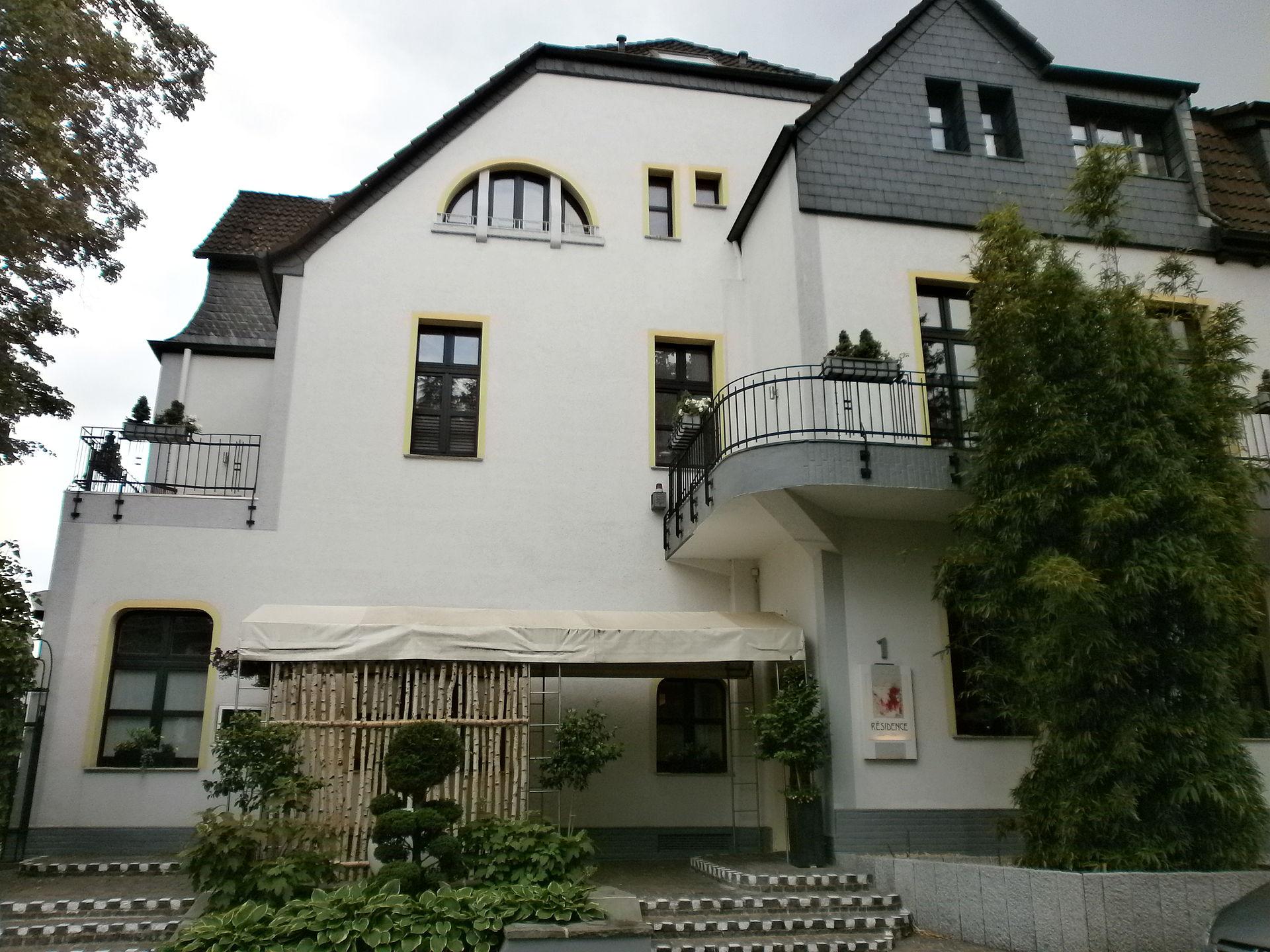 Hotel Restaurant Residence In Essen Kettwig