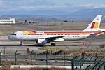 Iberia, Airbus A320-214, EC-IEG - MAD (17975685733).jpg