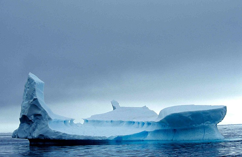 Image:Iceberg 10 2001 07 23.jpg