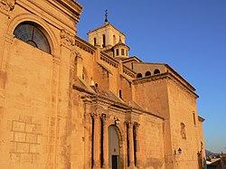 Iglesia santiago de jumilla.jpg
