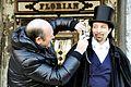 Il turista fastidioso - Carnevale di Venezia 2010 (4356841335).jpg