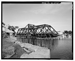 India Point RR Bridge - View of swing span from Fox Point Park looking east.jpg