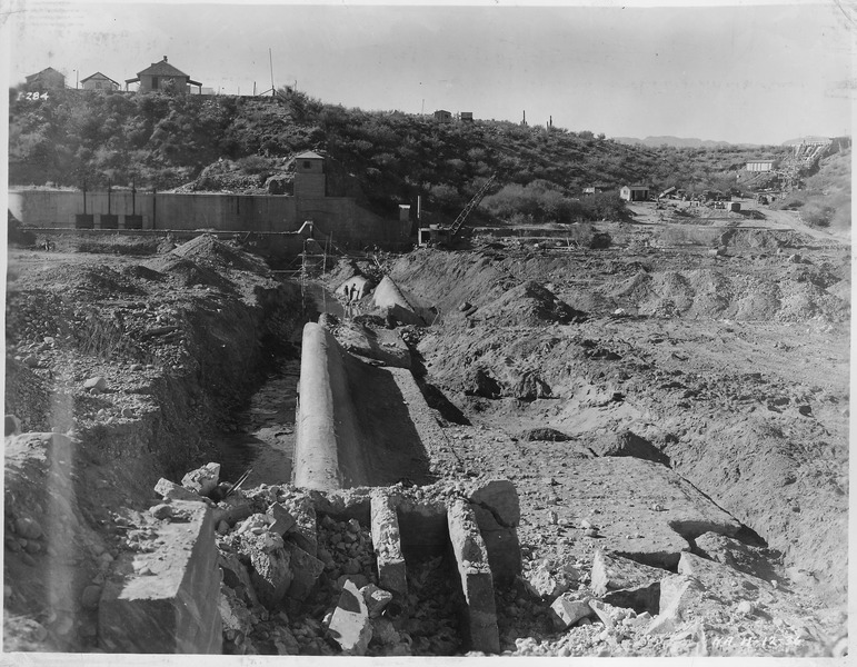 File:Intake diversion dam. General view from north abutment before removal of portions of old dam. - NARA - 294576.tiff