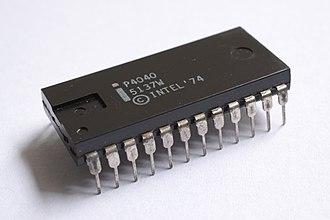 Intel 4040 - The plastic P4040 variant.