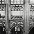 Interieur, overzicht van het triforium in de noordwand van het schip - 's-Hertogenbosch - 20424904 - RCE.jpg