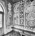Interieur tuinkoepel, detail wand behandeld als schelpengrot - Leek - 20364154 - RCE.jpg