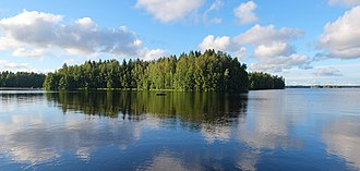 There are some 187,888 lakes in Finland larger than 500 square metres. Isojarvi is the 97th largest lake in Finland. Isojarvi panorama 3.jpg