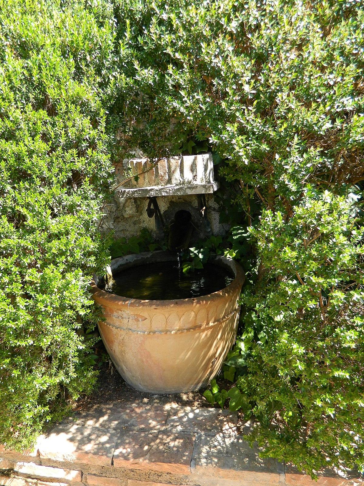 Jardín Manuel de Falla.JPG