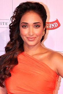 Jiah Khan at Stardust Awards 2013.jpg