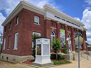 Troy, Alabama - The old Troy Post Office(built 1920); now the Johnson Center for the Arts