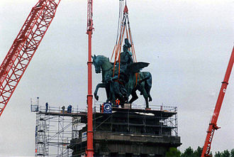 Deutsches Eck - The replacement statue being hoisted onto the base.