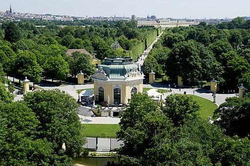 Kaiserpavillon im Tiergarten Schönbrunn (UNESCO-Welterbe Scholoss und Park von Schönbrunn).