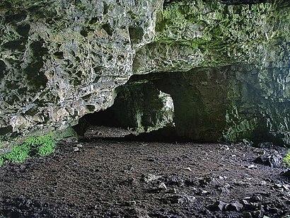 Comment aller à Caves Of Keash en transport en commun - A propos de cet endroit