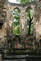 Kirchenruine Hausenborn, Isenburg (2010-05-30).JPG