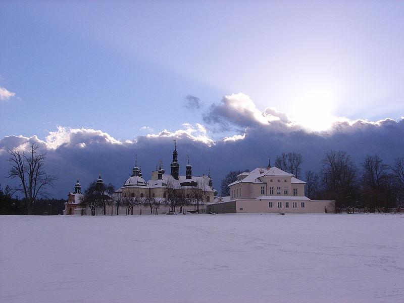 Soubor:Klokoty-klášter-2007.jpg