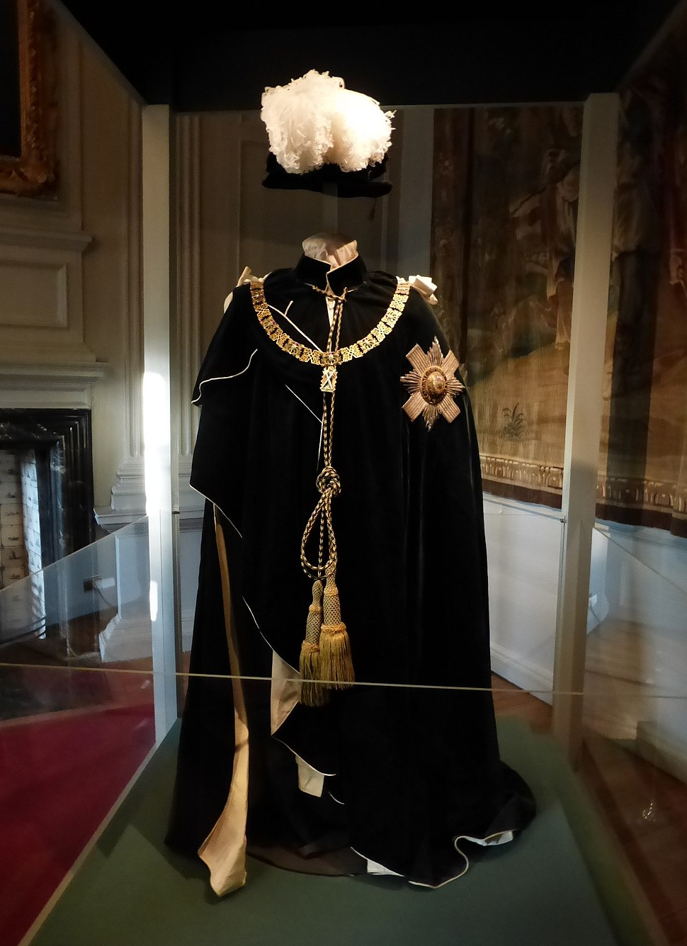 Knight of the Thistle robe, Holyrood Palace