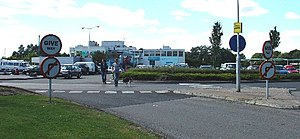 Knutsford Services - The southbound main building.