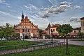 Kościół farny p.w. św. Mikołaja - widok z placu sanktuaryjnego, Bochnia.jpg