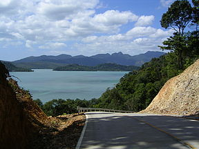 Ko Chang Long Beach Road.jpg