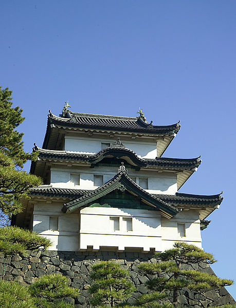 File:KokyoTowerM1105.jpg