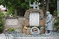 Kriegerdenkmal Perwang am Grabensee 02.jpg