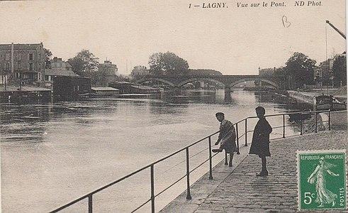L2863 - Lagny-sur-Marne - Pont de pierre.jpg