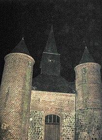 La Bouteille (église fortifiée) 2454.jpg